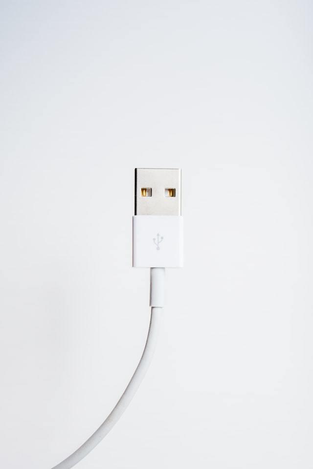 cabo USB branco