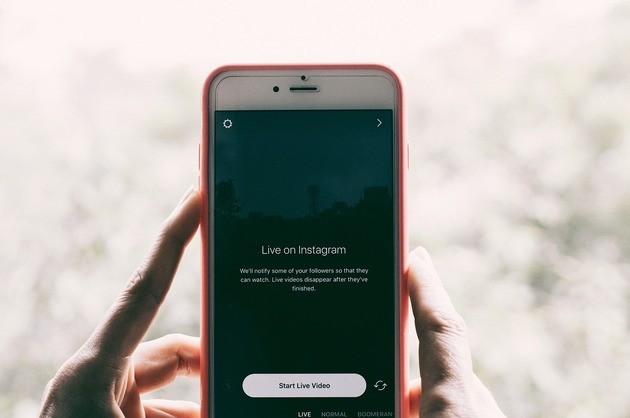 Ao vivo no Instagram com uma live