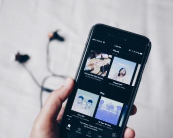 9 melhores aplicativos para ouvir música no celular online e offline