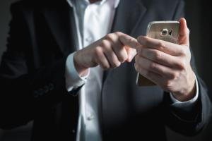 10 apps para criar logo no celular e deixar sua marca incrível