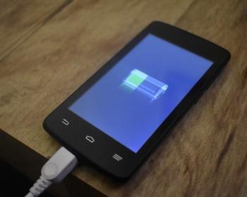 7 apps para economizar bateria e nunca mais ficar sem celular
