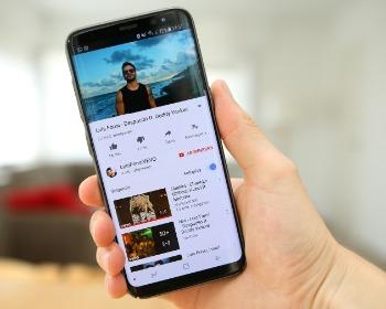 Saiba como baixar vídeos no iPhone em apenas 4 passos!