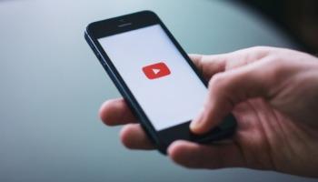 Saiba como baixar vídeos no celular em 6 passos