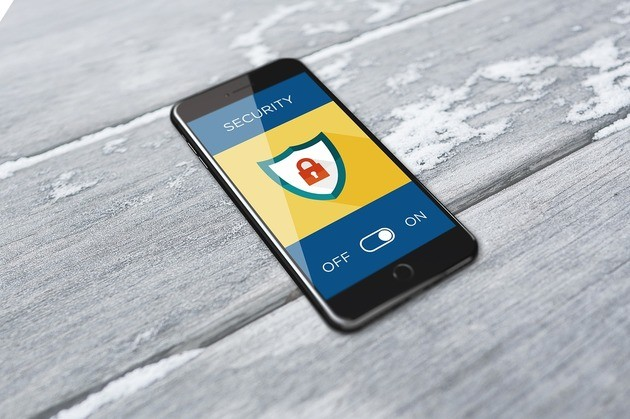 Celular smartphone com segurança