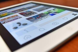 Como colocar link nos Stories do Instagram e usar o arraste para cima