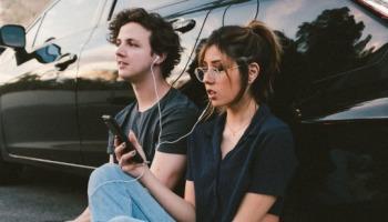 Como descobrir qual música está tocando pelo celular e PC