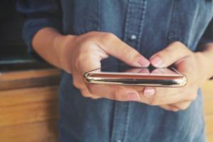 8 apps para escrever em fotos cheios de estilo!