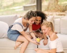 8 jogos de tabuleiro online para disputar com os amigos