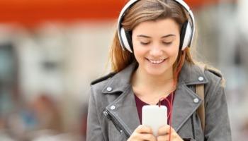 6 apps de letras de músicas para você aprender e cantar junto!