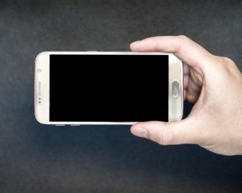 Saiba como restaurar as configurações de fábrica no Android e iPhone