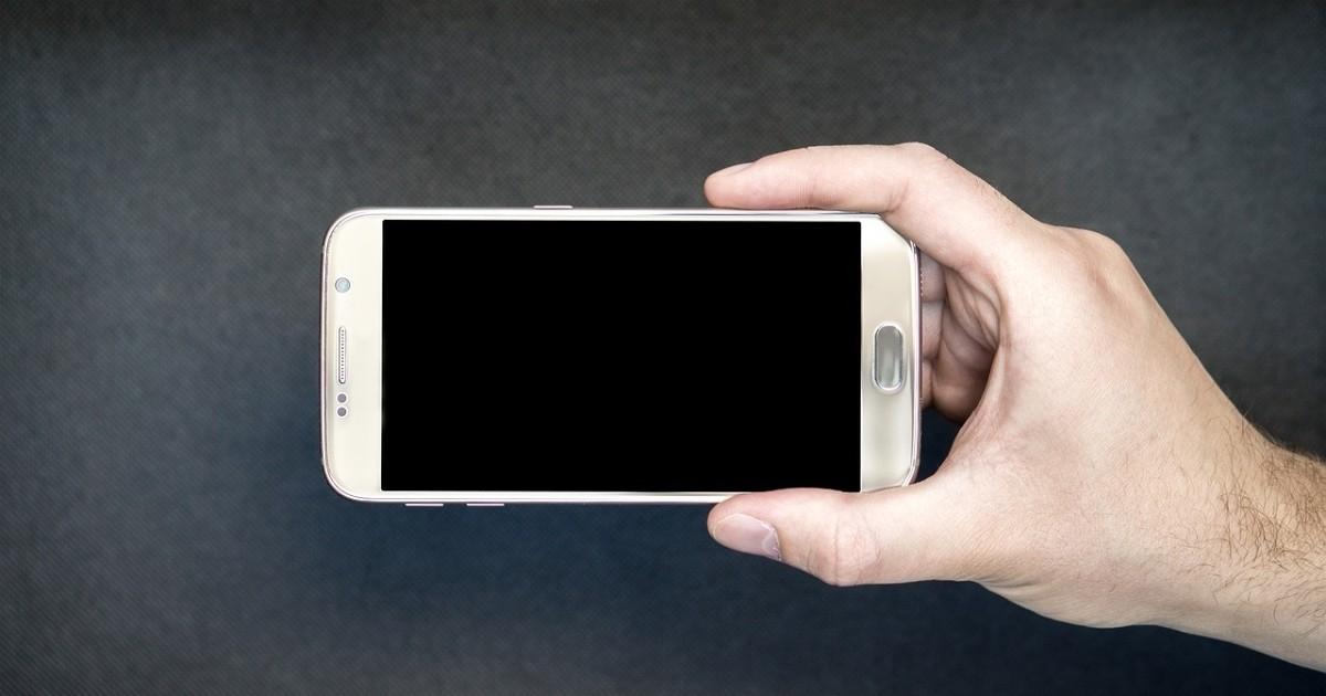 4b21cf720bb Saiba como restaurar as configurações de fábrica no Android e iPhone -  AppGeek